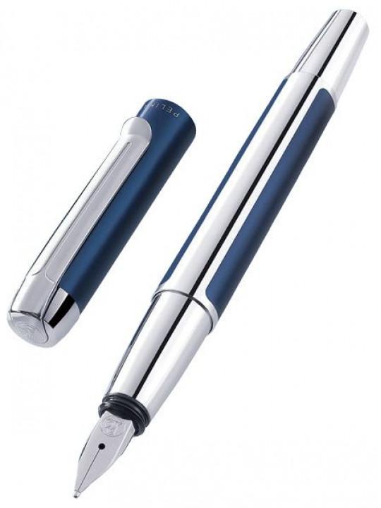 Ручка перьевая Pelikan Elegance Pura P40 (PL954966) синий/серебристый EF перо сталь нержавеющая подар.кор.